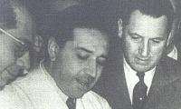 Ramon Carrillo, Braulio Aurelio Moyano Y Juan Domingo Peron En El Laboratorio Del Actual Hospital Borda.jpg
