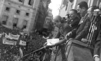 The Perons on the balcony of the Casa Rosada presidential mansion, October 17, 1951.jpg